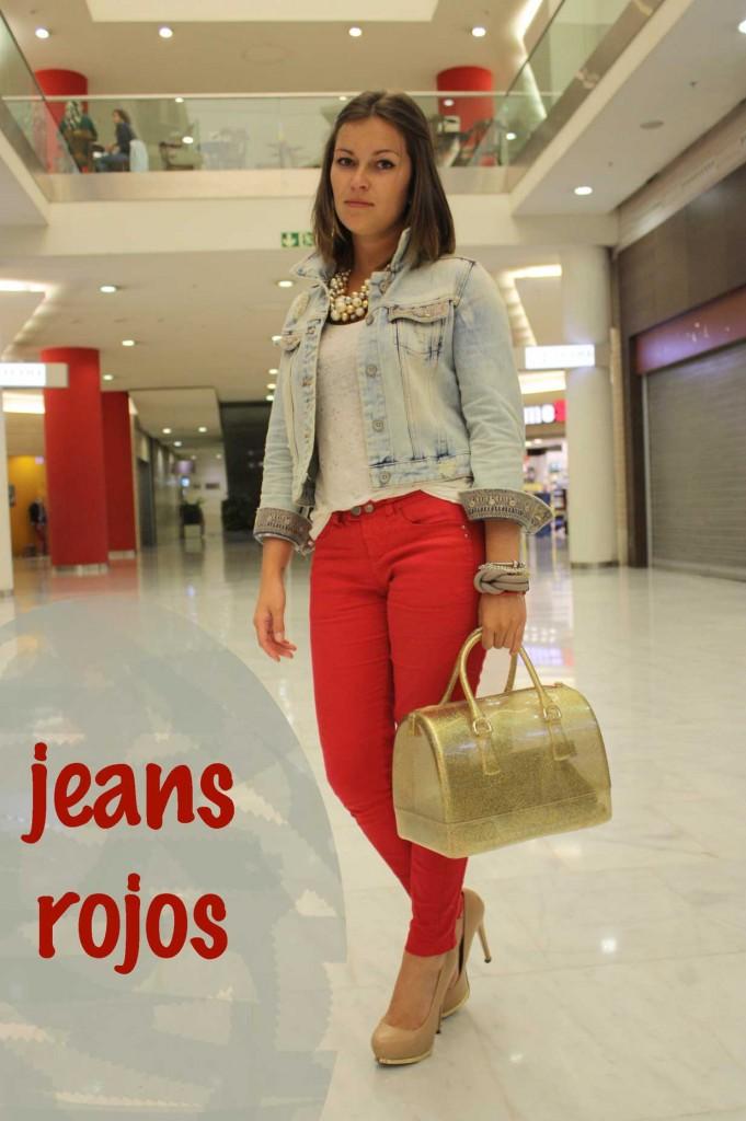 jeans-rojos-camiseta-de-brillantes-